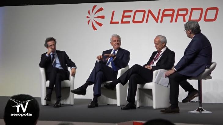 palco Dibattito Pomigliano Leonardo